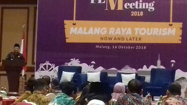 Wali Kota Sutiaji saat memberikan paparan dalam acara Forum Ekonomi Malang Raya di Hotel Ijen Suites Malang.