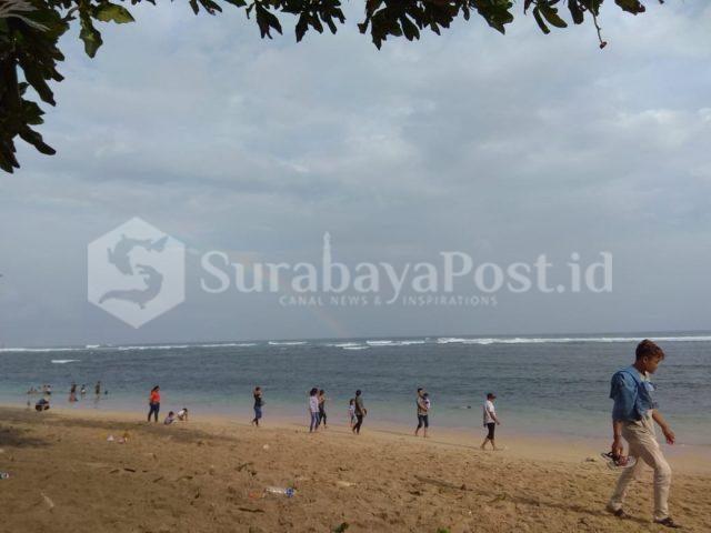Pantai yang disiapkan untuk menyambut pergantian tahun baru 2019