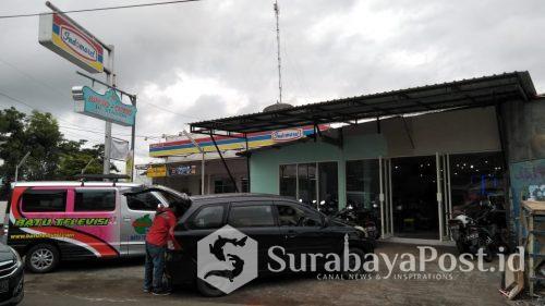 Outlet Bakso de Stadion di Kota Batu yang menjadi jujukan wisatawan dan para artis Indonesia.