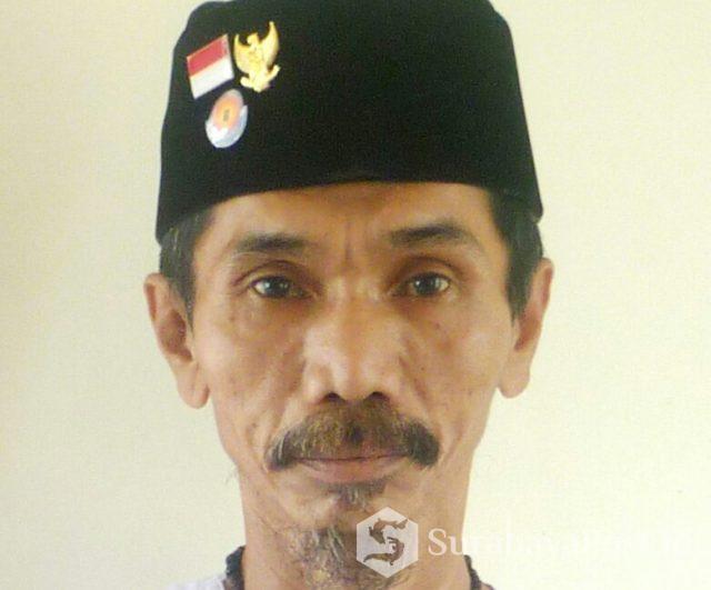 """Pengasuh Yayasan Pondok Pesantren (Ponpes) """"UNIQ"""" Nusantara, KH M Abdul GHufron Al Bantani"""