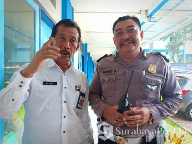 Kadishub Kota Malang Kusnadi bersama KBO Satlantas Polres Malang Kota, Iptu Endix Purwanto.