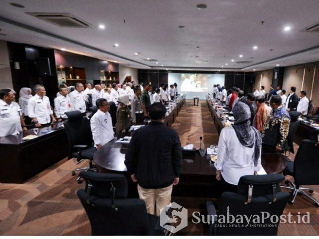 Komisi V DPR RI kala melakukan pertemuan dengan Wali Kota Batu Hj Dewanti Rumpoko di Balaikota Among Tani Kota Batu, Jatim.