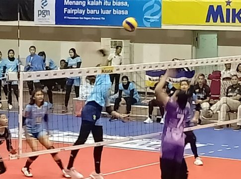 Bandung Bank bjb Pakuan kala menekuk Jakarta PGN Popsivo Polwan 3-2.