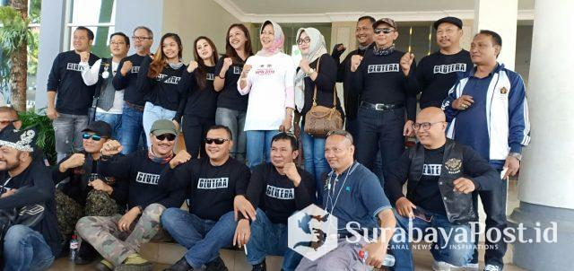 Wali Kota Batu Hj Dewanti Rumpoko bersama PWI Malang Raya dan HDCI Malang.