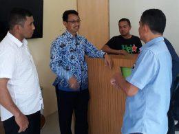Ketua Komisi A dan C beramal Dinas Perizinan dan Perhubungan saat Sidak tempat Karaoke SA.