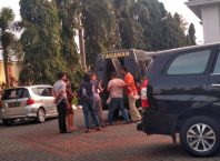 Tersangka penjual aset PT STSA, Dandung dan Andriono kala hendak ditahan di LP Lowokwaru, Kota Malang.