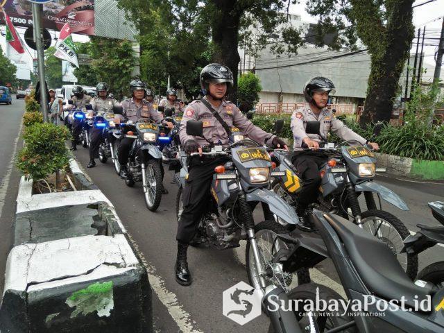 Kasat Sabhara Polres Malang Kota, AKP Hery Widodo memimpin langsung operasi pengaman tahapan Pemilu 2019 dengan melakukan patroli rutin.