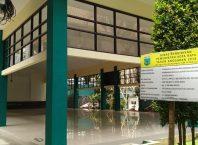 Gedung Aula SMPN 1 Kota Batu senilai Rp 1,2 miliar ini dikabarkan bocor meski baru dibangun.