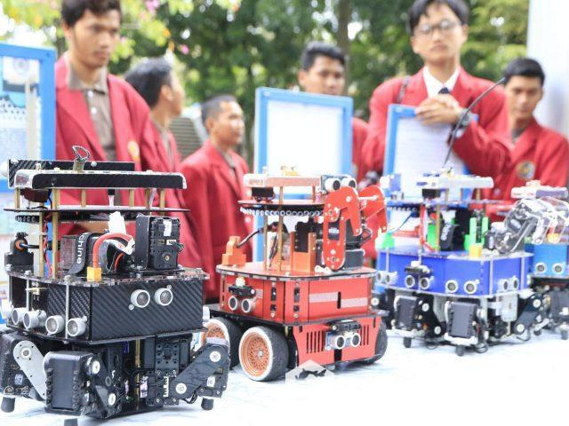Tim Robotik UMM yang sukses meraih juara di Amerika Serikat