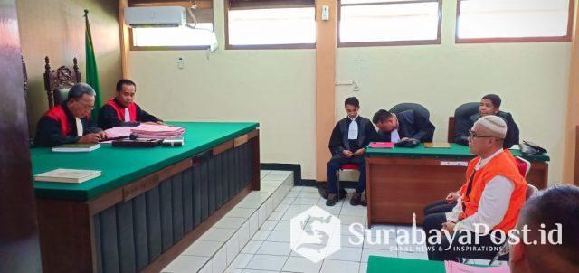 JPU saat membaca dakwaan terhadap dua terdakwa Rizfan dan Ninik.