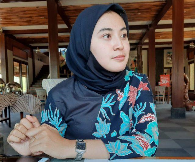Sekretaris Exsecutive Lembah Metro Resort Kota Batu